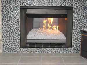 Fireplace ideas using fireglass topper and toppings for fire glass pits and modern fireplaces.